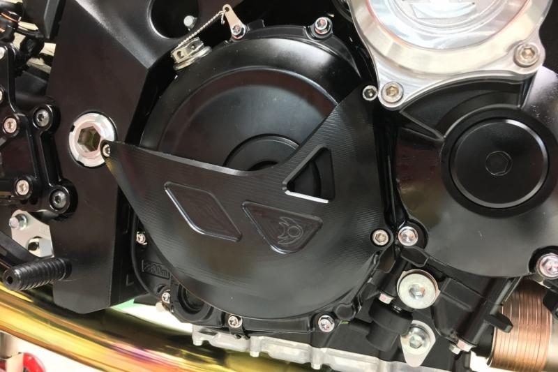 2019 新型KATANA K-FACTORY(ケイファクトリー)エンジンカバースライダー 右側