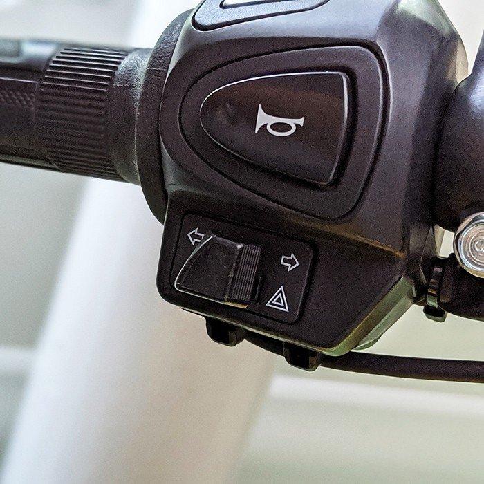 クロスカブ(JA45/AA06) ハザード機能追加キット カスタムウインカースイッチ・リレーセット